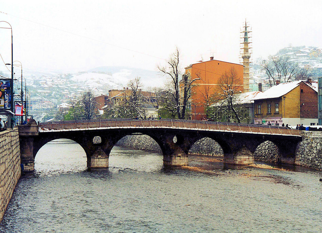 Sarajevo in 2003: there and back by train.
